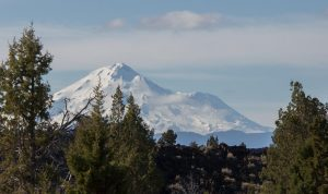 Mt Shasta from Whiney Butte Trail (telephoto)